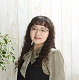谷田 真由美の写真